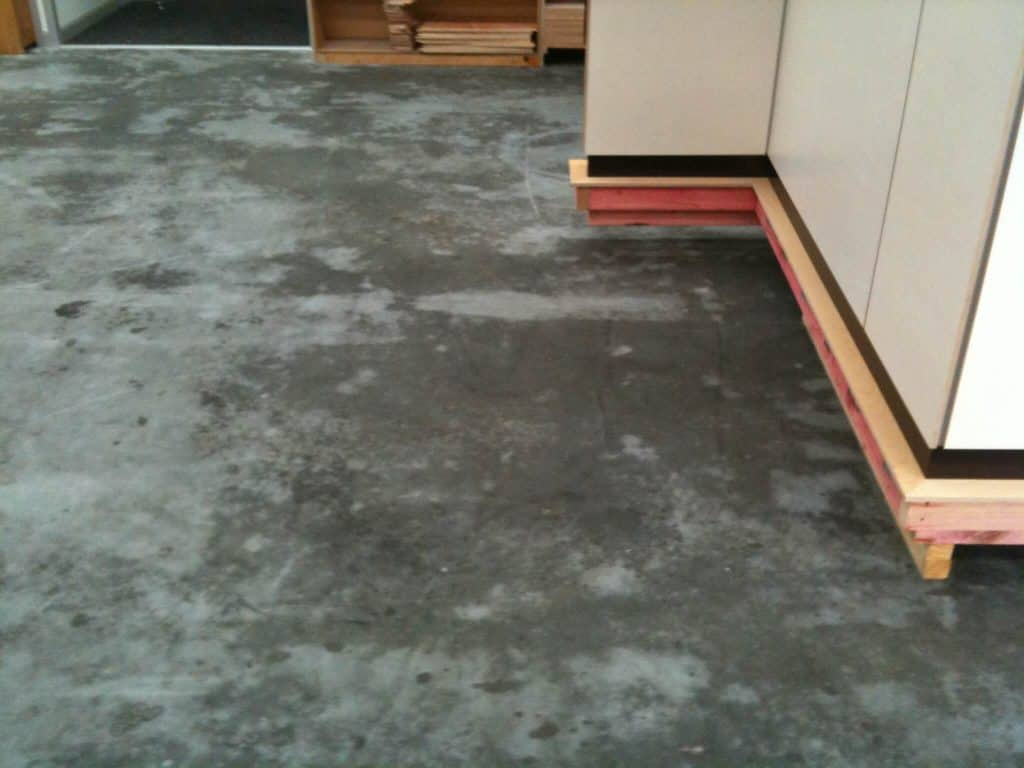 How to prevent concrete from sweating
