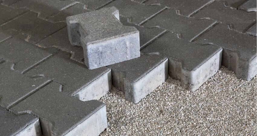 concrete thickness for sidewalks