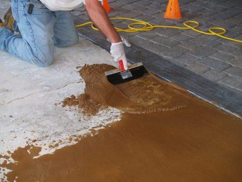 Concrete Mender Off-white