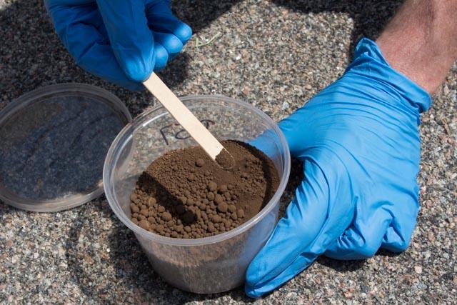 MatchCrete Clear brown concrete pigment