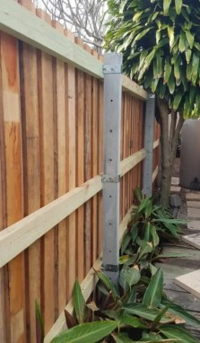 Residential and Garden Fences Using Concrete Posts