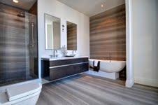 Crystal Blu Condos Bathroom Toronto, Canada
