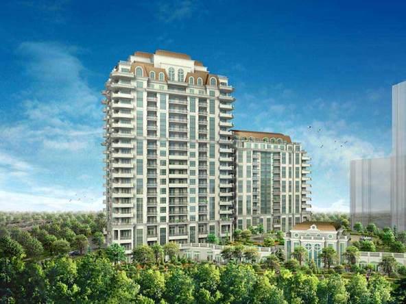 Aria Condos Building View Toronto, Canada