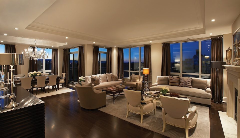 The Avenue Condos Living Area Toronto, Canada