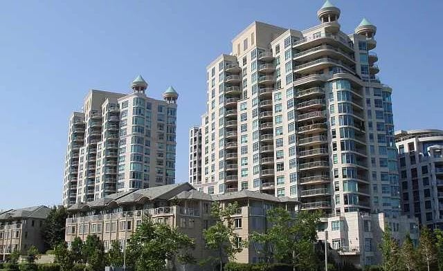 Exterior image of the Newport Beach in Toronto