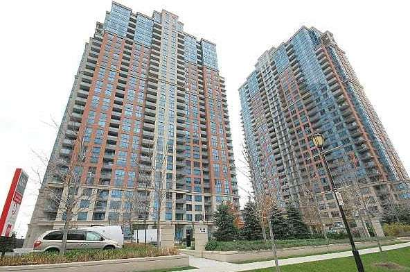 Exterior image of the Nuvo at Essex II in Toronto