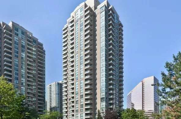 Exterior image of the Park Lane 2 in Toronto