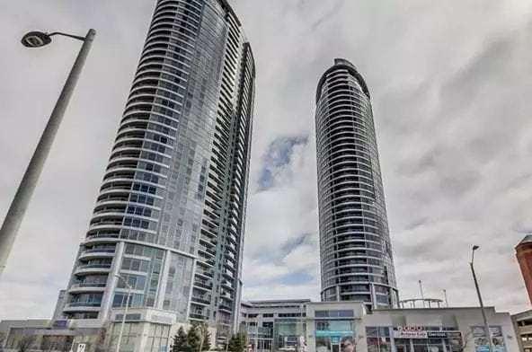 Exterior image of the Solaris II in Toronto