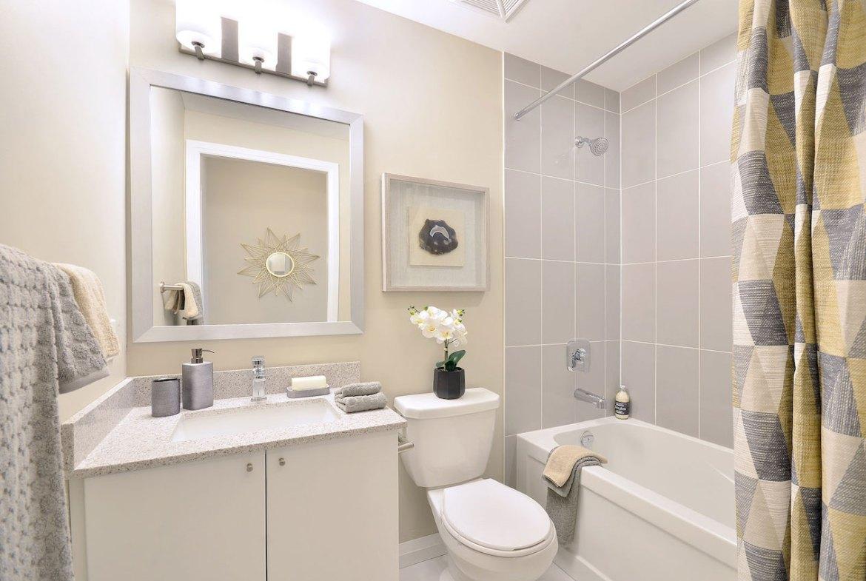 Interior rendering of Perla Towers condo suite bathroom.