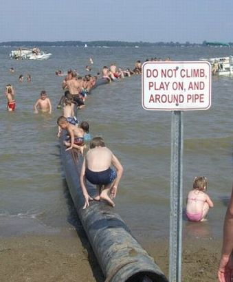 15 Most Embarrassing Photos Ever Taken At Beach