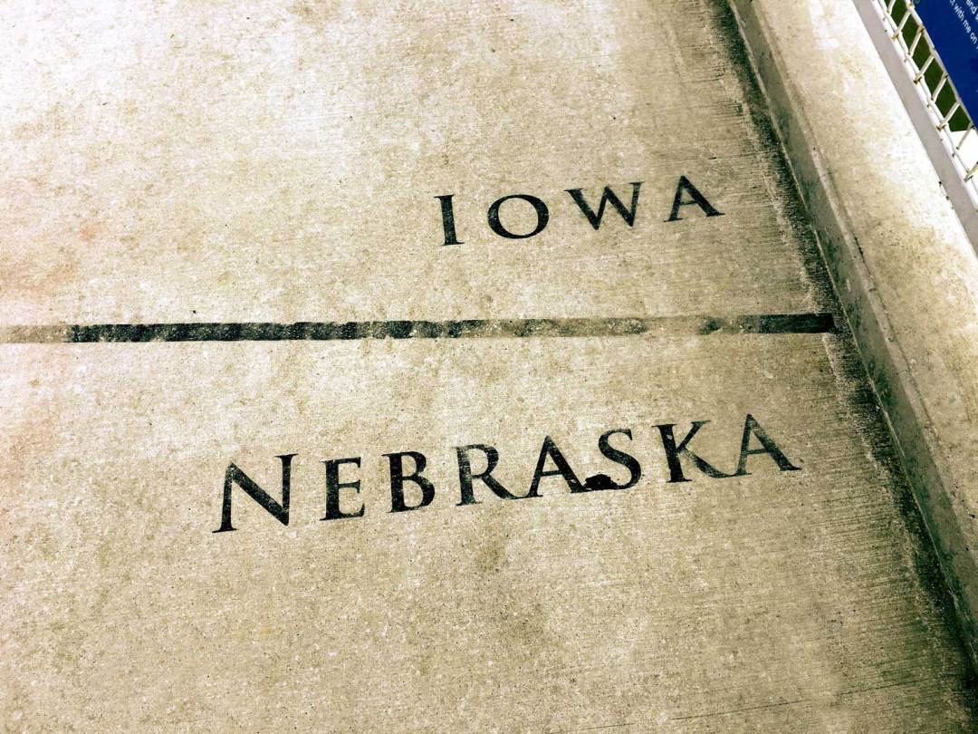 Stand in Two States during a Romantic President's Day in Omaha