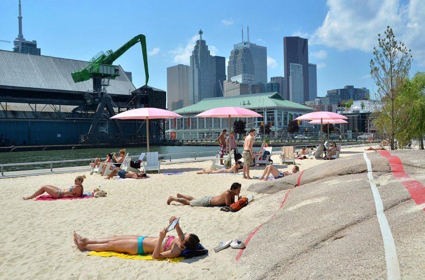 lakeside condos - sugar-beach