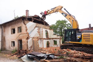 City Gears Up to Demolish Vacant Houses