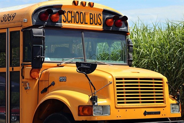 Howard Introduces Electric School Bus Pilot Program, Supports Environmental Commitment