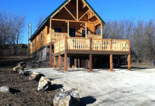 Mountain Haven front perspective with custom porch