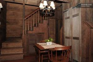 Haunted Cabins - Lauras Log Cottage