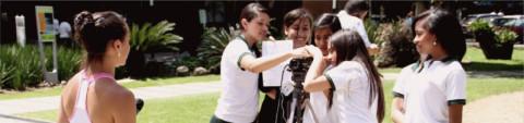 Retos en la alfabetización de competencias mediáticas y transmedia educativa