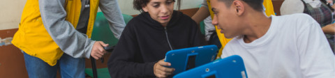 Incorporación de TIC en entornos escolares: una estrategia para combatir la deserción
