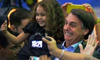 Jair Bolsonaro anuncia R$ 2,5 bilhões da Petrobras para a educação 34