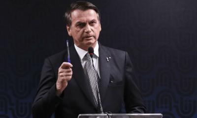 Falta de recursos diminuirá expediente de militares, diz Bolsonaro 23