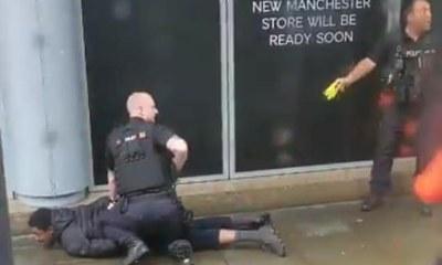 Inglaterra: Ataque terrorista com facão em shopping em Manchester deixa 5 feridos 32