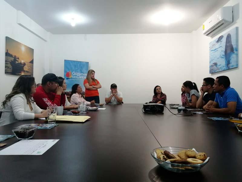 Conexstur-tour-operator-mexico-fam-trip-sonora-meeting