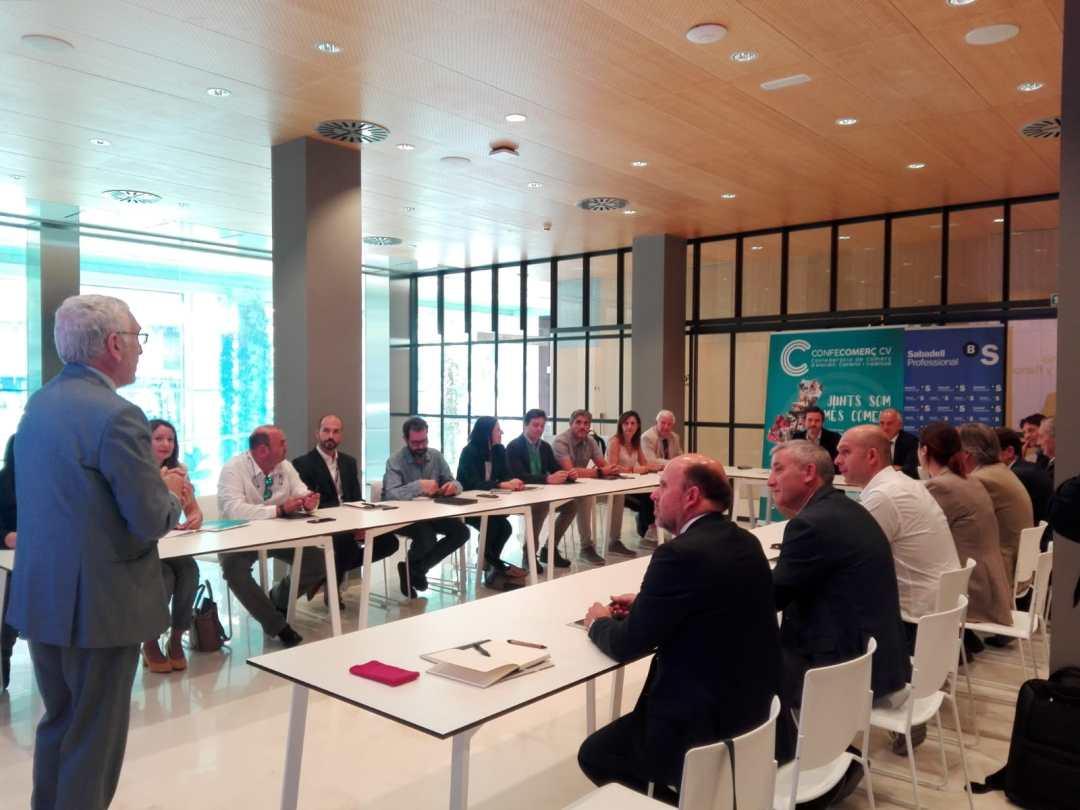 CONFECOMERc CV firma un convenio de colaboración con Banc Sabadell (14)