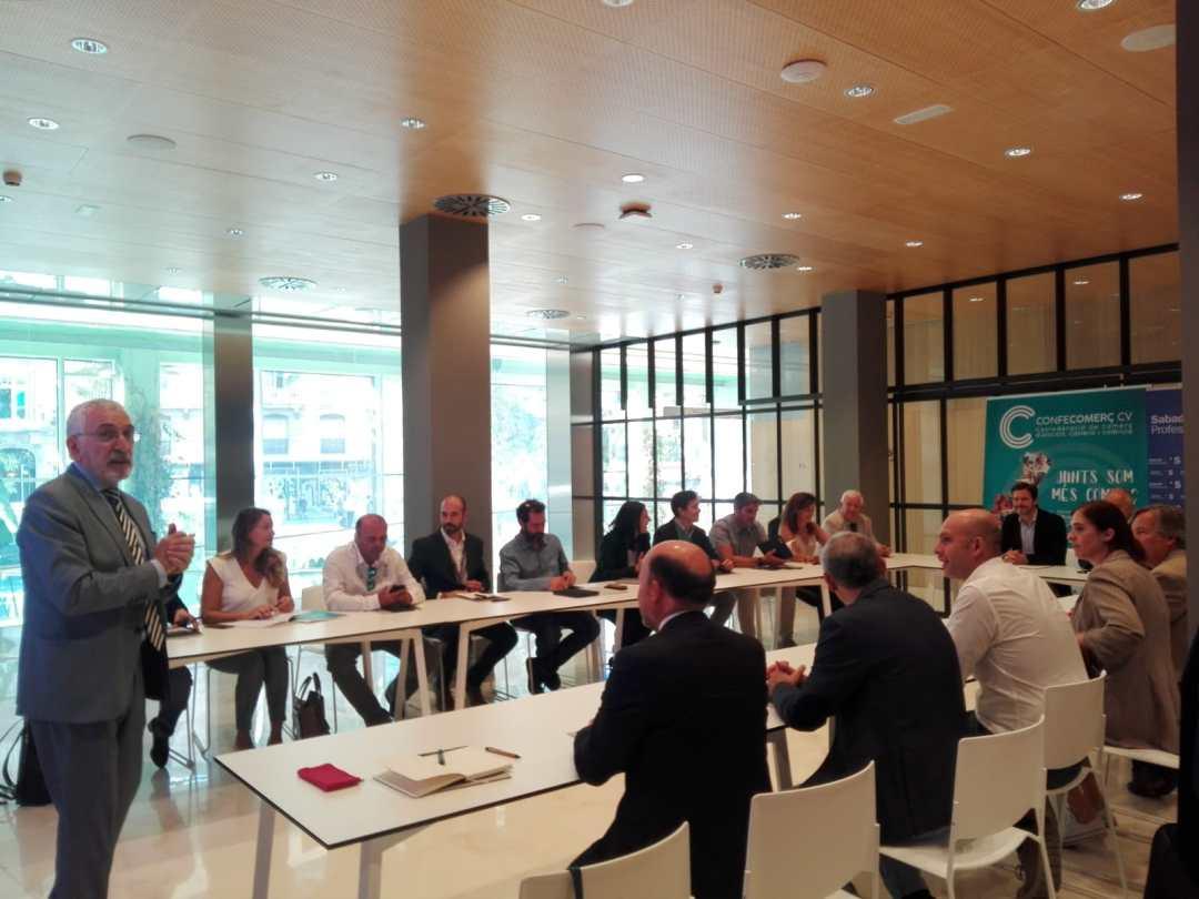 CONFECOMERc CV firma un convenio de colaboración con Banc Sabadell (17)