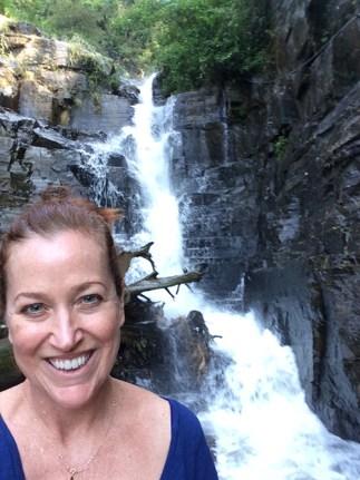 allison-williams-waterfall