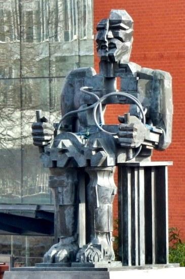 Faraday statue at University of Birmingham