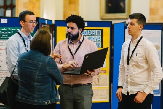 HEFi2019 exhibition conversation
