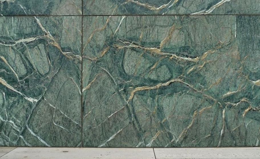 Details are everything BOOKMATCHED STONE SURFACES