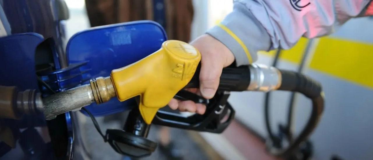 Proroga della scheda carburanti fino al 1 gennaio 2019