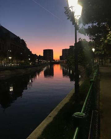 Cel mai frumos apus de Soare din București, de pe Râul Dâmbovița