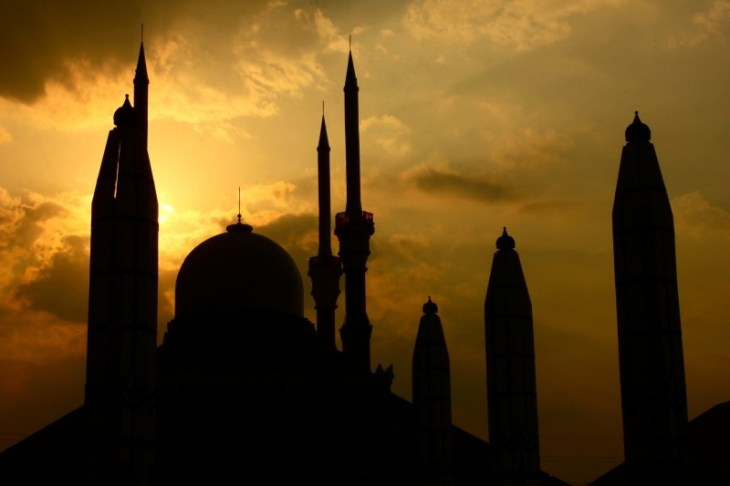 buildings-mosque-sunset-silhouette-indonesia