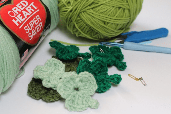 shamrock-green-crochet-holiday-irish-luck-symbol