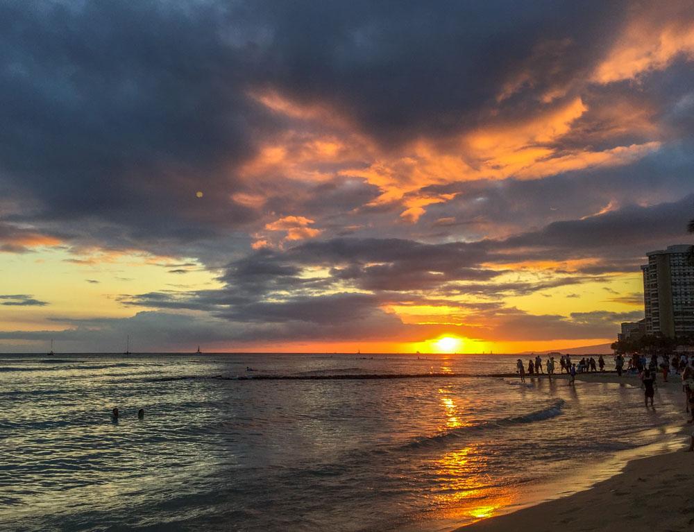 Sunset Waikiki Hawaiian Islands - Oahu