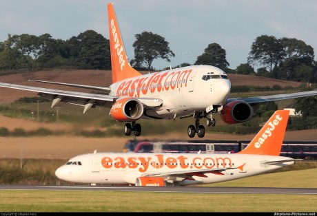 In October 2002 easyJet stunned the aviation world when they switched their allegiance from US plane maker Boeing and ordered 120 Airbus A319 aircraft (with options on a further 120), receiving its first aircraft in October 2003. By November 2011 all 737's had left the fleet.