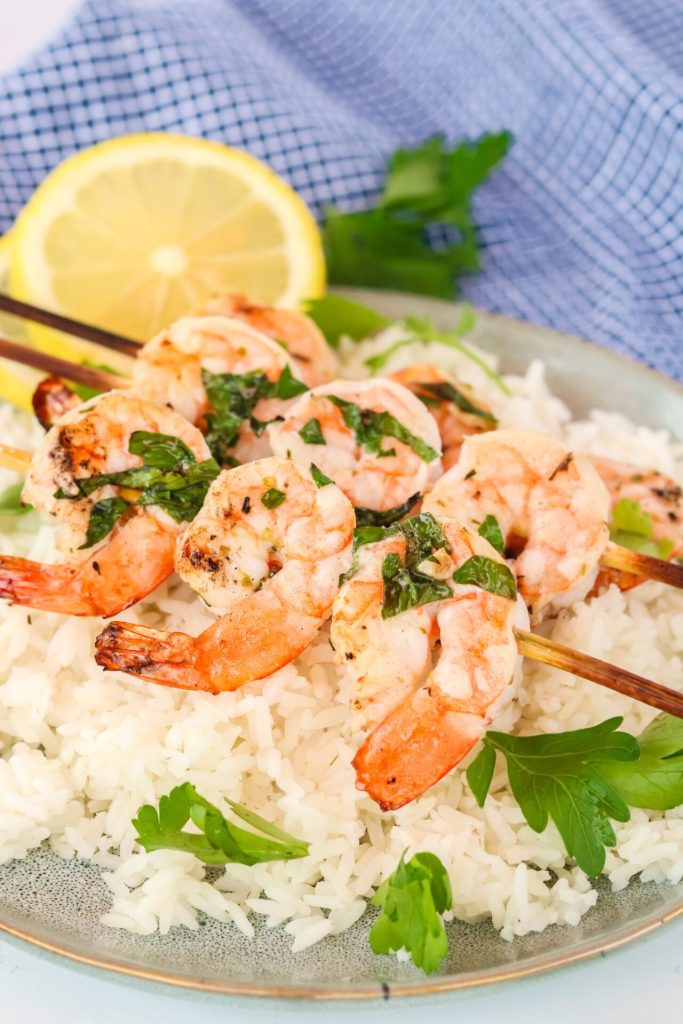 Searching for the next summer dish to serve your family that is quick and easy? Well, give lemon garlic herb grilled shrimp a try! From start to finish it takes under 30 minutes for those busy nights!