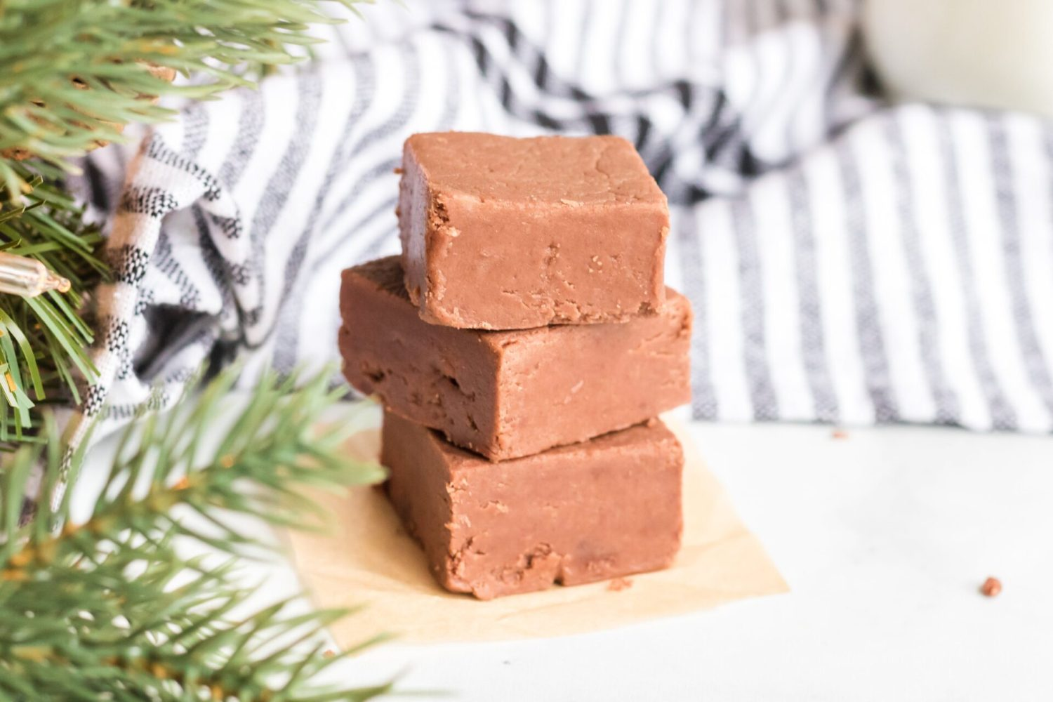 The classic fantasy fudge is super simple to make and tastes delicious and makes perfect gifts to give friends and neighbors around the holidays!