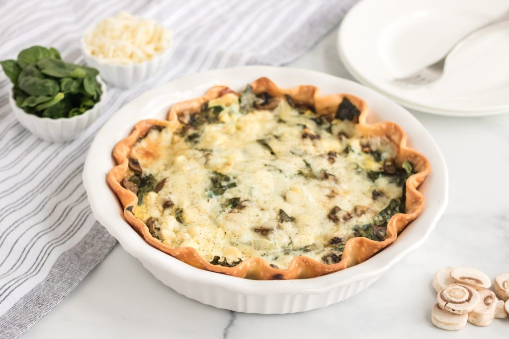 Florentine quiche in white pie pan