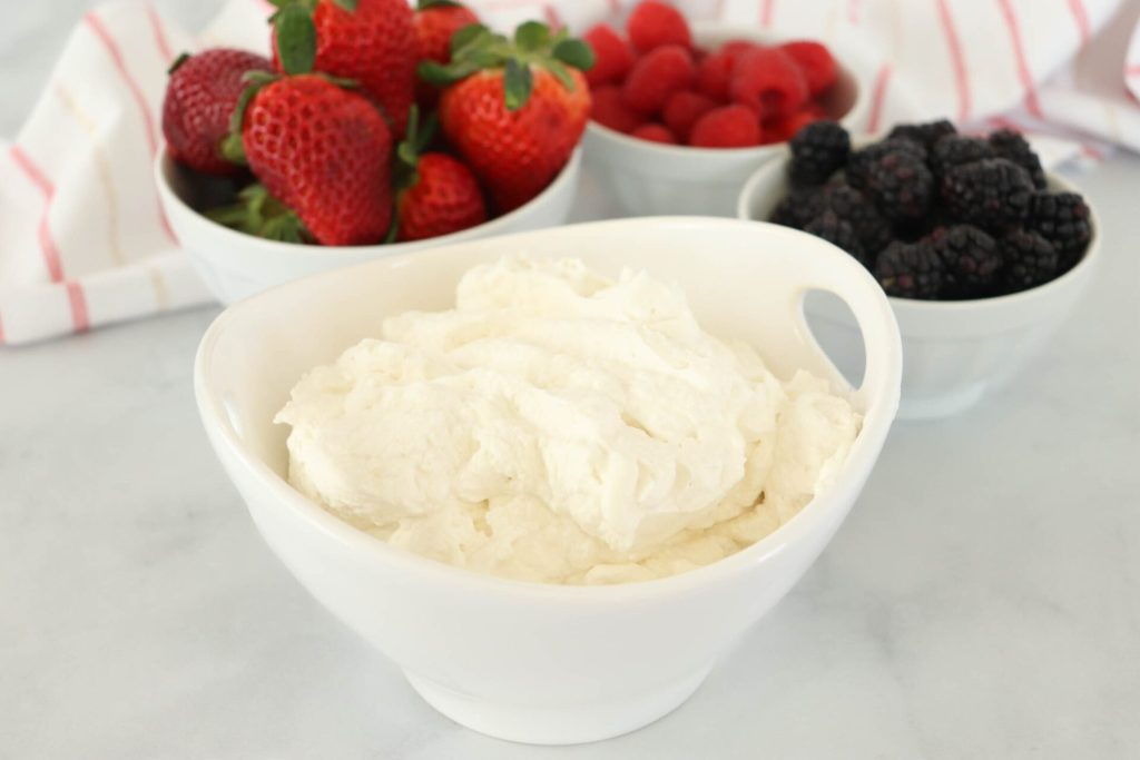 Have you been wanting to know how to make your own homemade whipped cream? This recipe is sweet and simple and tastes so much better than the store-bought alternatives!