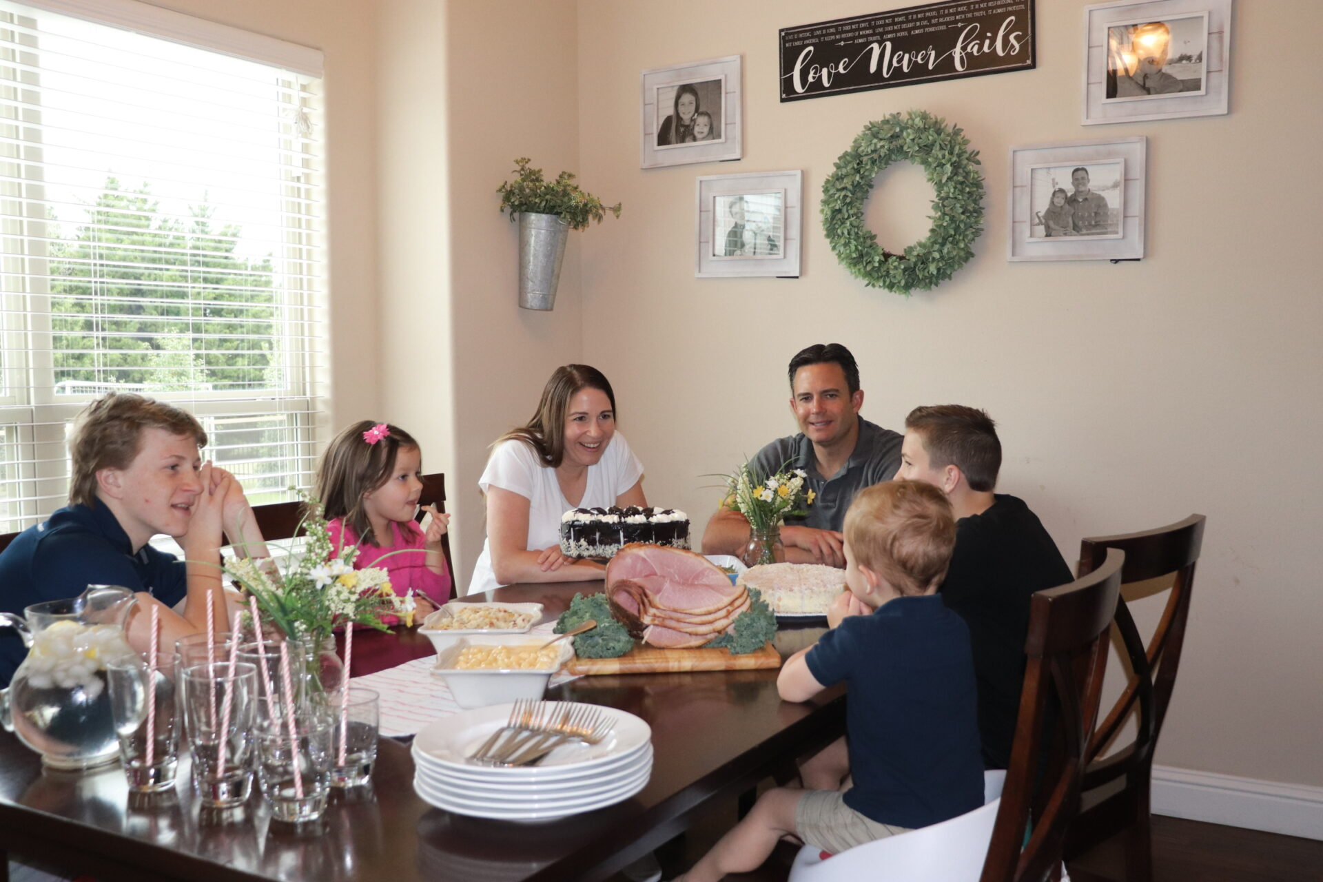 Looking for ways to simplify this Easter? We have 5 simple ways to celebrate Easter as a family this year and create amazing memories!