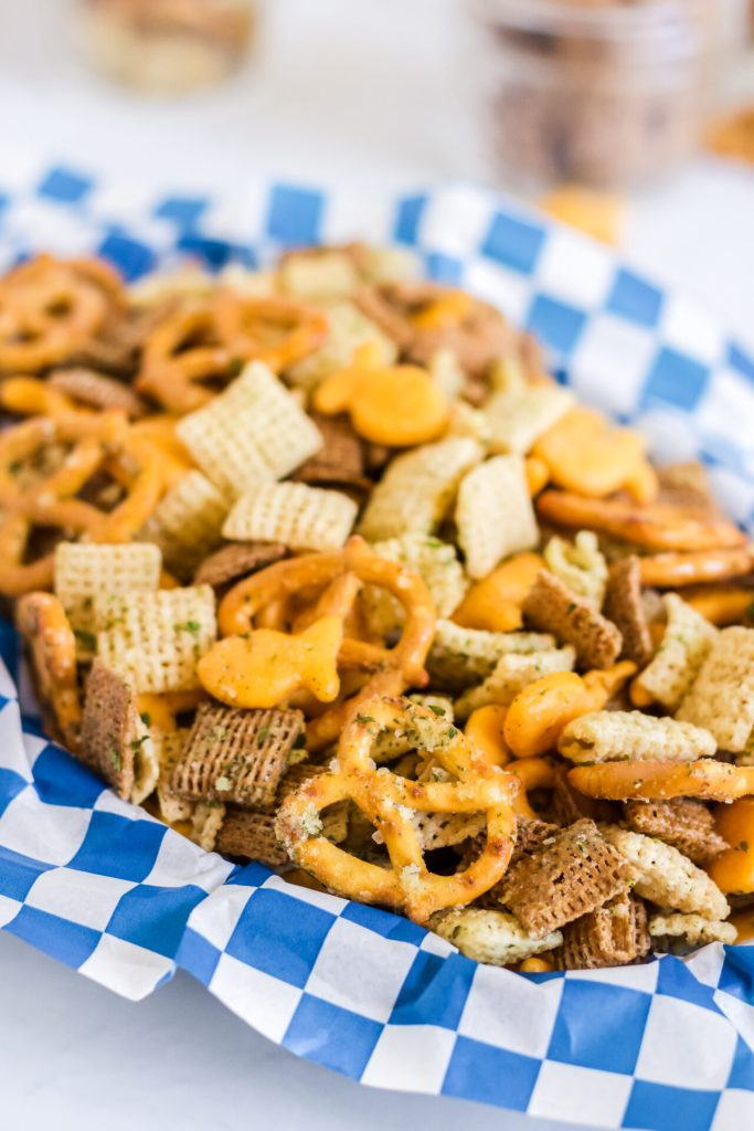 air fryer check mix with gold fish pretzels and Chex