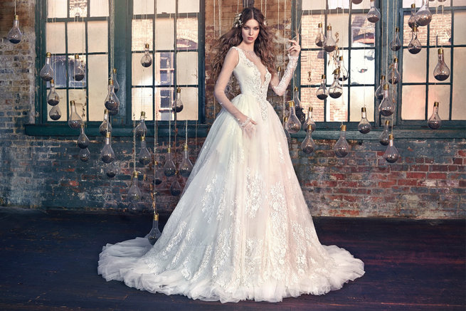 Fairy Tale Wedding Dresses That Dreams Are Made Of