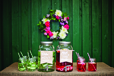 drinks with wreath