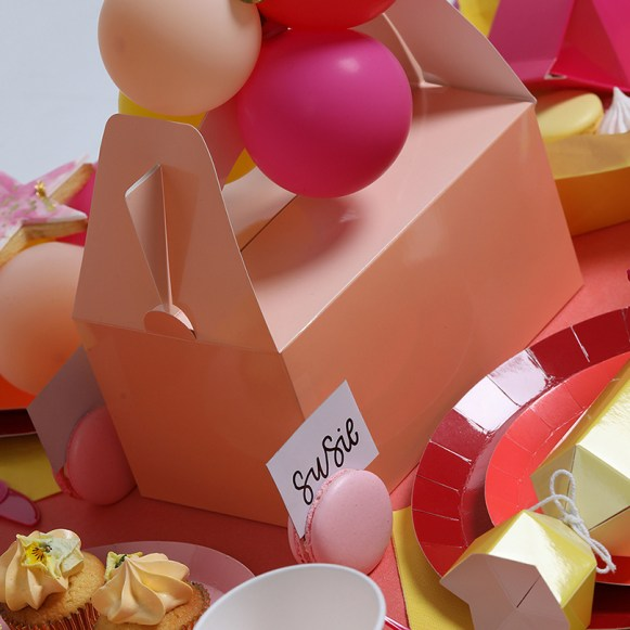 FIVE-STAR-PARTY-PAPERPLAYGROUND37