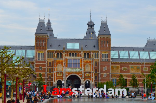 Rijksmuseum Confetti Filled Backpacks
