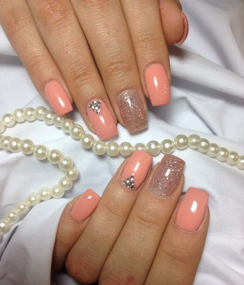 Fashionable manicure with sparkles and glitter: photos, the best ideas 40