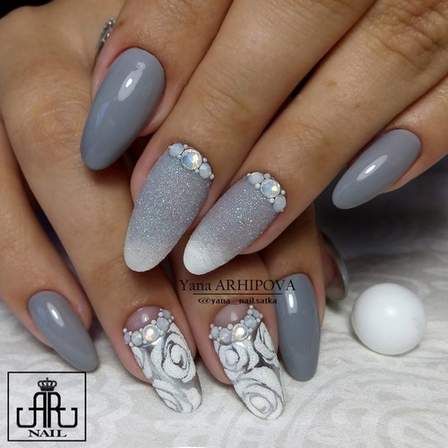 Fashionable manicure with sparkles and glitter: photos, the best ideas 22